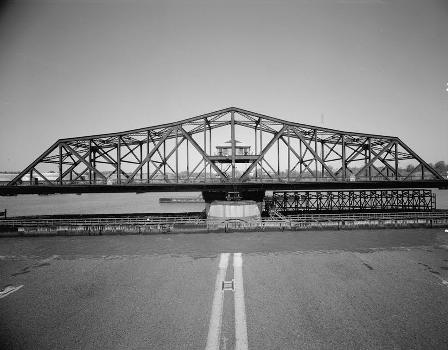Victory Bridge, Perth Amboy, New Jersey (HAER, NJ,12-PERAM,5-9)