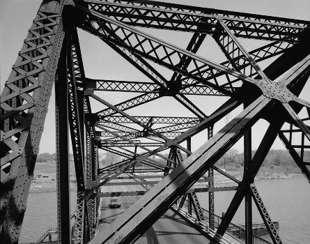 Victory Bridge, Perth Amboy, New Jersey (HAER, NJ,12-PERAM,5-11)