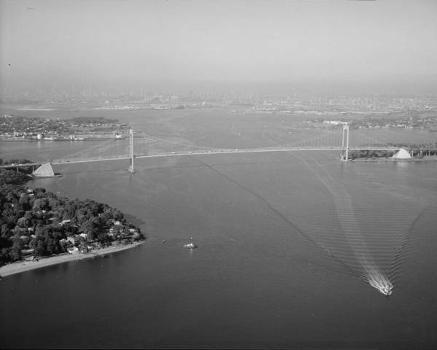 Bronx-Whitestone Bridge (HAER, NY,3-BRONX,14-1)