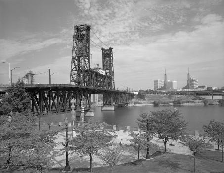 Steel Bridge, Portland, Oregon. (HAER, ORE,26-PORT,14-9)