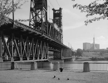 Steel Bridge, Portland, Oregon. (HAER, ORE,26-PORT,14-10)