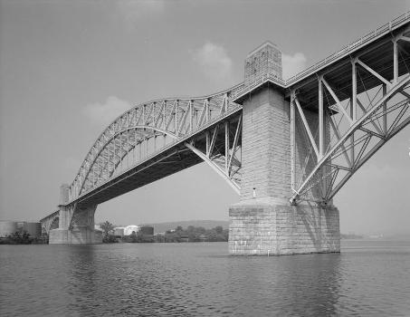 McKees Rocks Bridge, Pittsburgh, Pennsylvania. (HAER, PA,2-MCKRO,2-2)