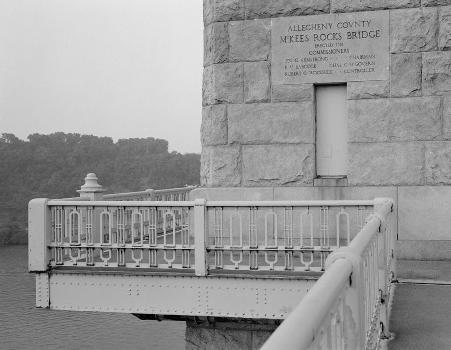 McKees Rocks Bridge, Pittsburgh, Pennsylvania. (HAER, PA,2-MCKRO,2-14)