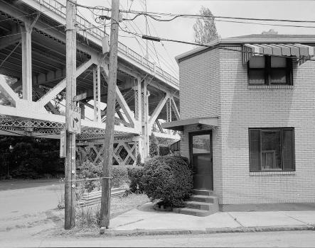 McKees Rocks Bridge, Pittsburgh, Pennsylvania. (HAER, PA,2-MCKRO,2-16)