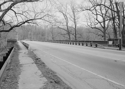 Walnut Lane Bridge, Spanning Wissahickon Creek, Philadelphia, Pennsylvania  (HAER, PA,51-PHILA,731-1)