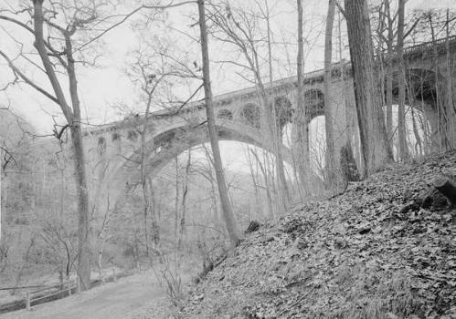 Walnut Lane Bridge, Spanning Wissahickon Creek, Philadelphia, Pennsylvania  (HAER, PA,51-PHILA,731-2)