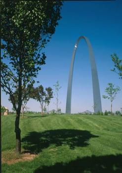 Gateway Arch, Saint Louis. (HAER, MO,96-SALU,78-36)