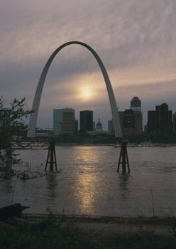Gateway Arch, Saint Louis. (HAER, MO,96-SALU,78-39)