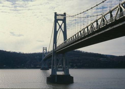 Mid-Hudson Bridge (HAER, NY,14-POKEP,7-;DLC/PP-97:NY-25)