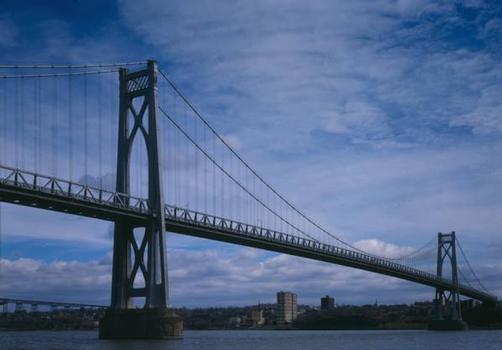Mid-Hudson Bridge (HAER, NY,14-POKEP,7-;DLC/PP-97:NY-26)