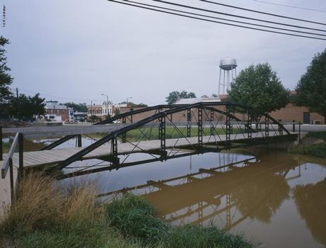 Blackhoof Street Bridge, New Bremen, Ohio (HAER, OHIO,6-NEWBR,1-12)
