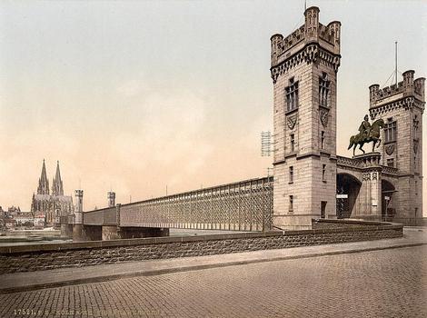 Eisenbahnbrücke, Köln