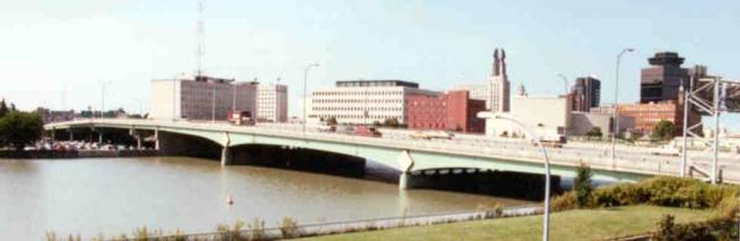 Troup-Howell Bridge, Rochester, New York – Bild bereitgestellt vom New York State Department of Transportation