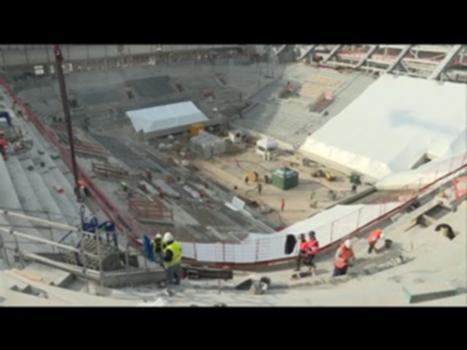 Le nouveau Roland-Garros se dévoile : A 3 mois de Roland-Garros, les travaux de modernisation se poursuivent. Le futur court Central est en plein chantier. 800 ouvriers s'activent pour que tout soit terminé le jour J.   Abonnez-vous à notre chaîne YouTube :  ▶ https://www.youtube.com/user/France3Paris  Retrouvez-nous sur nos sites : ▶ http://france3-regions.francetvinfo.fr/paris-ile-de-france/  Sur Facebook : ▶ https://www.facebook.com/france3paris  Sur Twitter : ▶ https://twitter.com/France3Paris  Sur Instagram : ▶ https://www.instagram.com/france3paris/