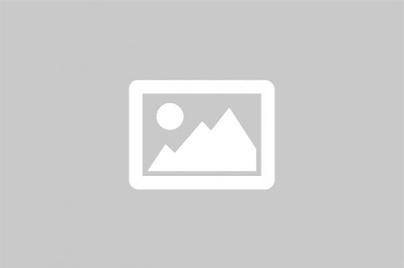Construction The Longest Double Deck Suspension Bridge in The World 杨泗港长江大桥沉井施工 : Yangsigang Yangtze River bridge, main span 1700 meters,double deck with 12 lanes(6 lanes on upper deck,6 lanes on lower deck),will become the longest double deck suspension bridge in the world after completed in 2020. Located in Wuhan city,Hubei province,near N30.503022, E114.268698 : https://structurae.net/structures/yangsigang-bridge Top Ten Longest Suspension Bridges in China: https://www.youtube.com/playlist?list=PLE3LV1t4ql0Oc9Gl8dZUk0HQoV8eJ9mx1 武汉杨泗港长江大桥主跨1700米,双层桥面12车道,2020年建成后将成为世界跨度最大的双层桥面悬索桥,也是仅次于日本明石海峡大桥(单层桥面主跨1991米)的世界第二大跨度桥梁,为目前世界在建的第一大桥: https://zh.wikipedia.org/wiki/%E6%AD%A6%E6%B1%89%E6%9D%A8%E6%B3%97%E6%B8%AF%E9%95%BF%E6%B1%9F%E5%A4%A7%E6%A1%A5 https://www.youtube.com/playlist?list=PLE3LV1t4ql0Om3jU5c_ctPO6djJ5cWpBP