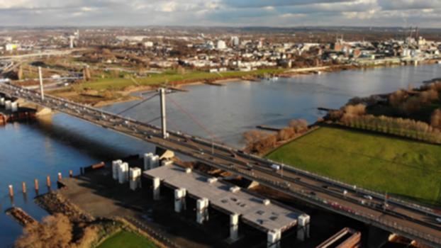 Die Leverkusener Rheinbrücke - ein Einblick:Im Hohlkasten der Leverkusener Brücke schauen wir uns an, wie ein solches Bauwerk funktioniert und welcher Belastung es über die Jahre ausgesetzt wird. Brückenbaufachmann Hans-Dieter Jungmann von Straßen.NRW hat uns tiefe Einblicke gewährt.