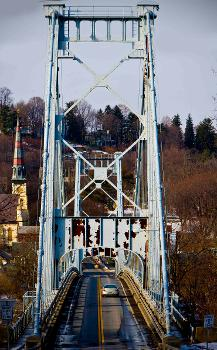 Kingston-Port Ewen Suspension Bridge