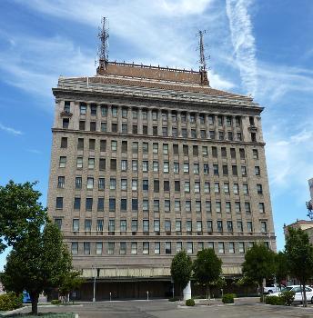San Joaquin Light & Power Corporation Building