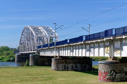 Dąbie Railway Bridge