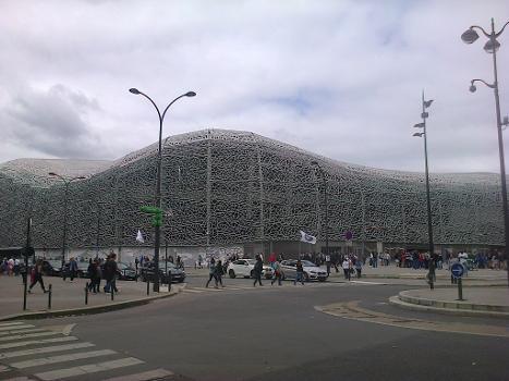 Abords du Stade Jean-Bouin avant les finales de la Coupe du Monde 2014