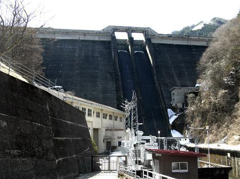 Barrage d'Asahi
