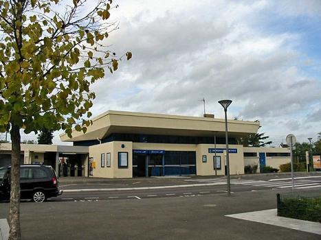 Bahnhof Aubergenville - Élisabethville