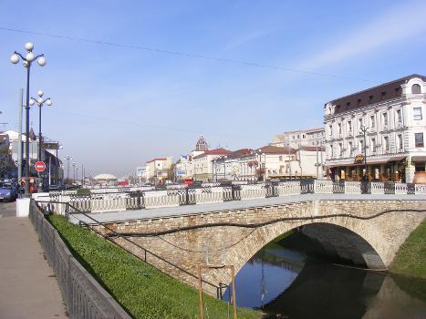 Lebedevskiy-Brücke