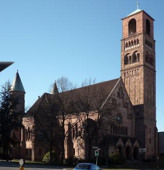 Evangelische Erlöserkirche, Essen (photographer: Wiki05)