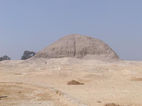 Pyramide von Hawara
