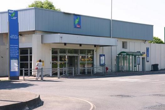 Bahnhof Bras de Fer - Évry - Génopole