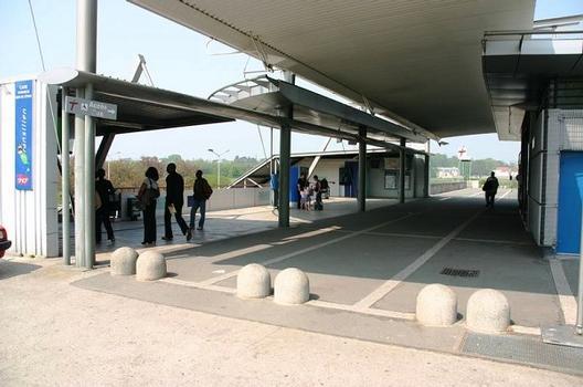 Bahnhof Orangis - Bois de l'Épine