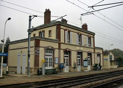 Bahnhof Chars