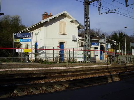 Bahnhof Chilly-Mazarin