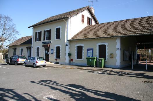 Bahnhof La Ferté-Alais