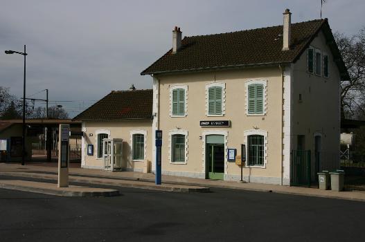Bahnhof Mennecy