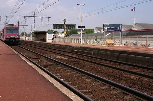 Bahnhof Villeneuve - Prairie