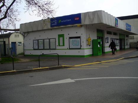 Bahnhof Ardoines
