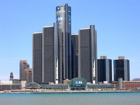 Renaissance Center 600 Tower