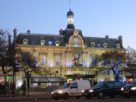 Saint-Ouen Town Hall