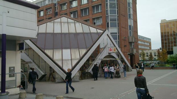 Metrobahnhof Villeneuve-d'Ascq - Hôtel de ville