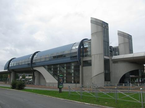 Metrobahnhof Les Prés