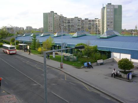Luka Metro Station