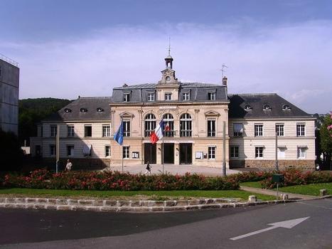 Rathaus (Orsay)