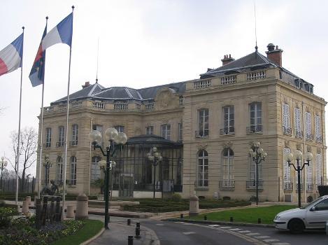 Épinay-sur-Seine Town Hall