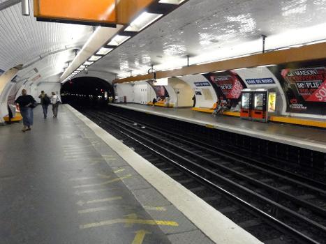 La station Gare du Nord de la ligne 5 du métro de Paris, France