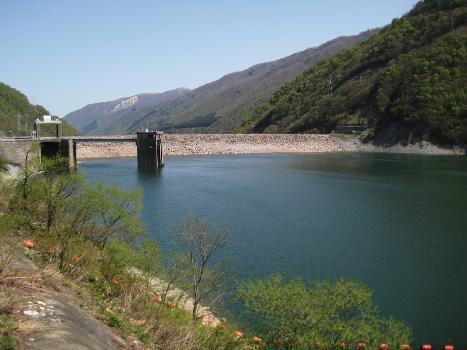 Barrage de Miboro