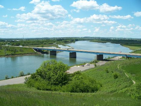 Grant Marsh Bridge - Bismarck