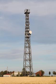 Wolfsheim Mobile Telephone Transmitter