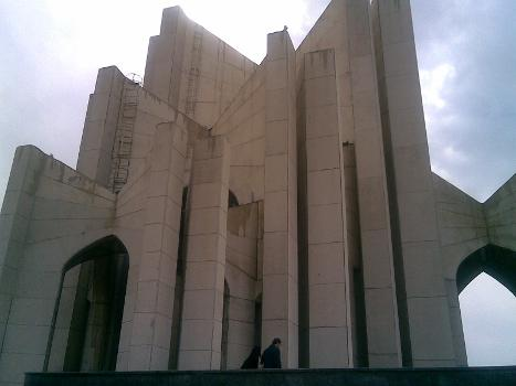 Monument des Poeten