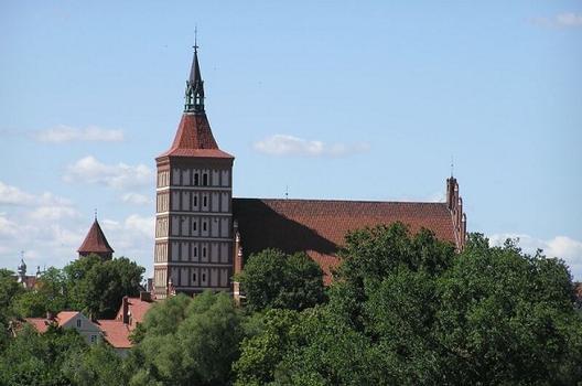 Cathédrale Saint-Jacques - Olsztyn